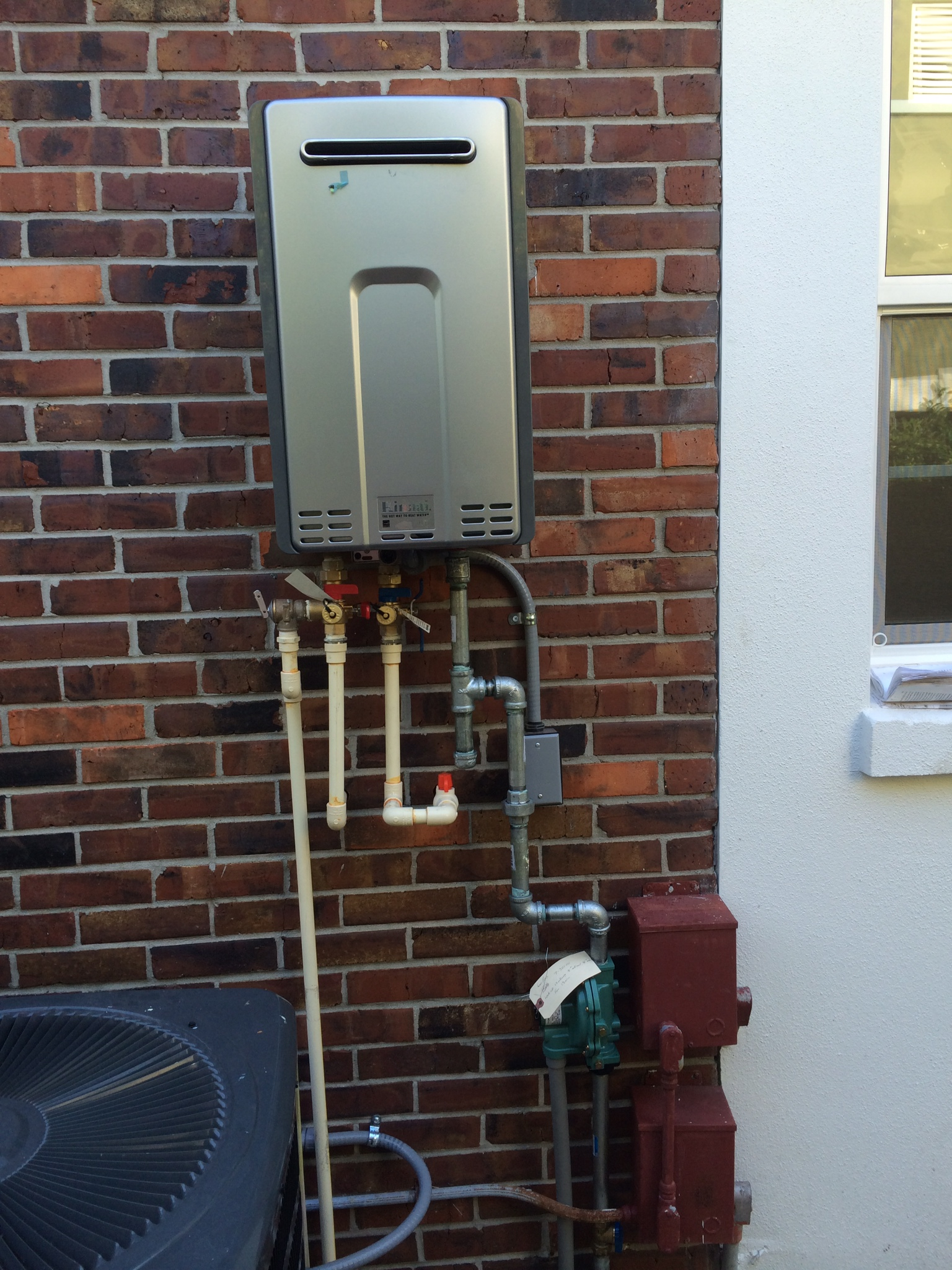 Outdoor Tankless Hot Water Heater Installation Outdoor Designs